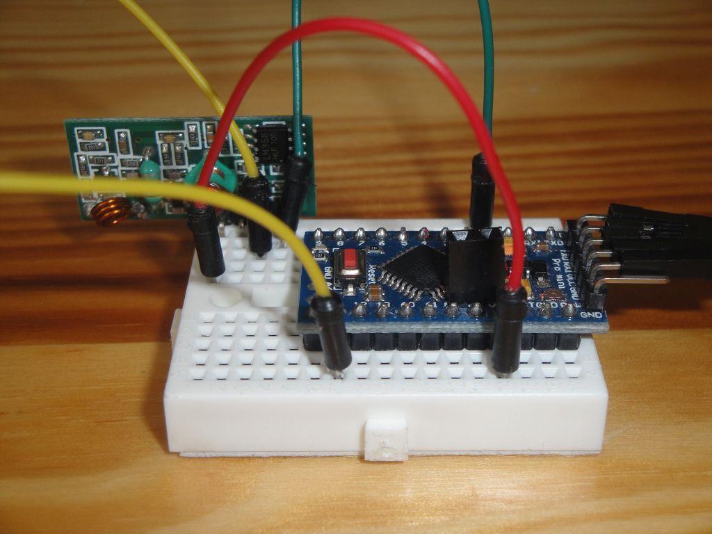 Arduino Slovakia - 433 MHz radio modules using the VirtualWire library