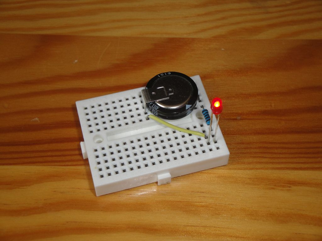 Capacitor Led Circuit Arduino Slovakia Attiny85 And Supercapacitor As Expected The Entire Turned On For More Than An Hour Until Dropped To 16v When Went Out I Did Not Follow It Exactly